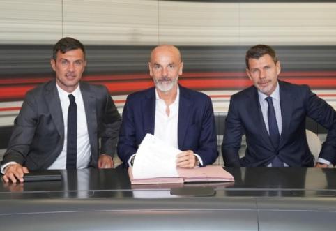 """Priešiškai """"Milan"""" fanų sutiktas S. Pioli: """"Kritika stumia mane į priekį"""""""