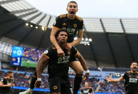 """""""Liverpool"""" pranašumas didėja: """"Wolves"""" parklupdė """"Man City"""" vienuolikę"""