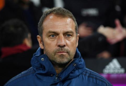 """Oficialu: H. Flickas toliau diriguos """"Bayern"""" komandai"""