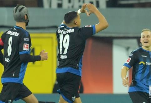 """""""Bundesliga"""": """"Paderborn"""" namuose įveikė """"Eintracht"""""""