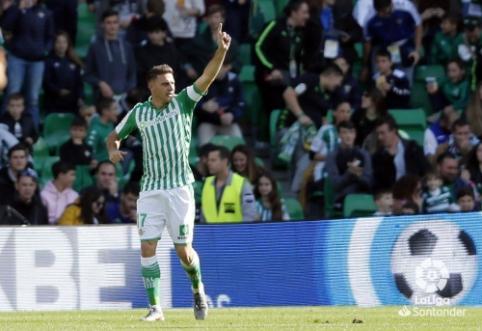 """Pergalingose """"Real Betis"""" rungtynės – 38-erių metų Joaquino """"hat-trickas"""""""