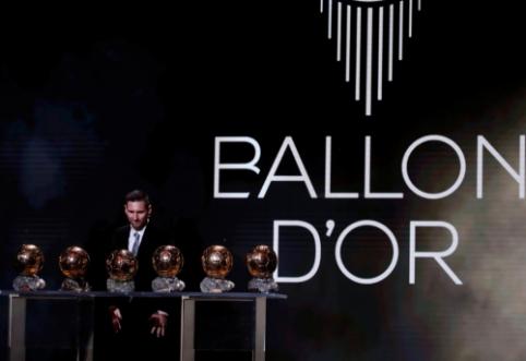 """""""Ballon d'Or"""" rinkimų rezultatai: V. van Dijkui iki pirmos vietos trūko nedaug"""