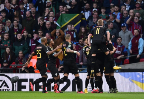 """""""Man City"""" trečius metus iš eilės triumfavo Anglijos lygos taurėje"""