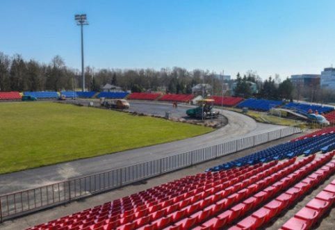 """Atnaujinamas """"Aukštaitijos"""" stadionas"""