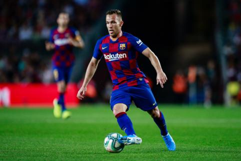 """""""Mundo Deportivo"""": """"Juventus"""" ir """"Barcelona"""" pažengė derybose dėl Arthuro"""