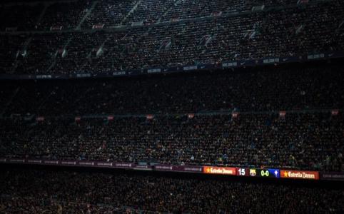 """Apie trenerio darbą """"Barcoje"""" svajojantis Xavi: """"Messi gali žaisti iki 39-erių"""""""