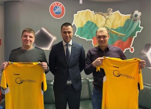 """LFF efutbolo rinktinės žaidėjai: """"Dalyvavimas eEuro 2020 tapo neįkainojama patirtimi"""""""