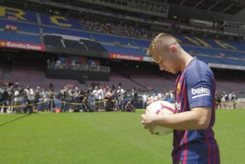"""Arthuras informavo """"Juventus"""" vadovus apie norą likti """"Barcoje"""""""