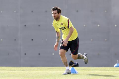 "L. Messi sugrįžo į ""Barcelona"" treniruotes"