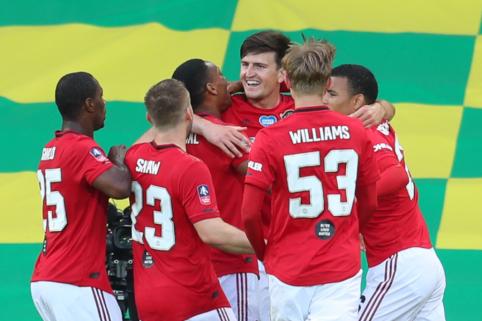 """H. Maguire'as atvedė """"Man Utd"""" į FA taurės pusfinalį"""