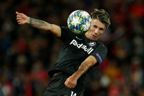 """""""Arsenal"""" aktyviai veda derybas dėl D. Szoboszlai įsigijimo"""