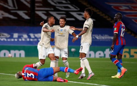 """""""Manchester United"""" iškovojo sunkią pergalę prieš """"Crystal Palace"""""""