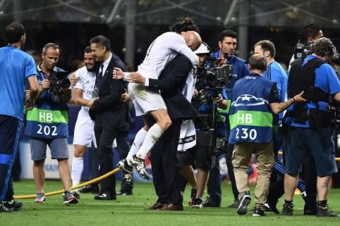"""Z. Zidane'as: """"Džiaugiuosi, kad gavau galimybę treniruoti tokį žaidėją kaip Bale'ą"""""""