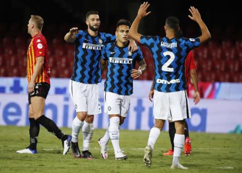 """""""Serie A"""": """"Inter"""" pasiekė triuškinamą pergalę"""