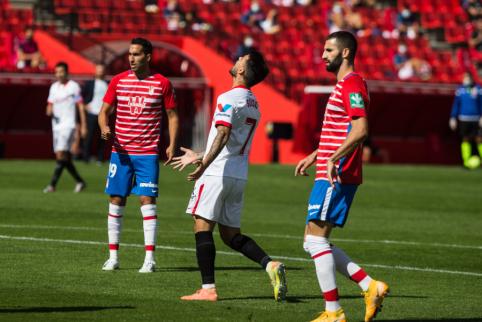 """Mažumoje likę """"Sevilla"""" futbolininkai patyrė pirmąjį pralaimėjimą """"La Liga"""" pirmenybėse"""