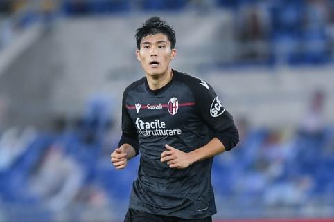 """""""Milan"""" nusitaikė į """"Bologna"""" japoną"""