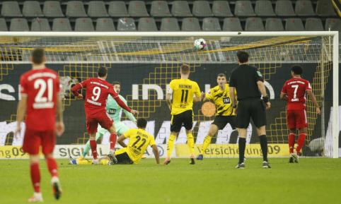 """""""Der Klasikker"""": Penkių įvarčių dramoje """"Bayern"""" palaužė BVB"""