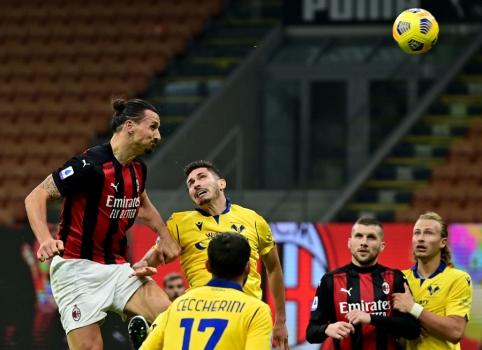 """""""AC Milan"""" išplėšė lygiąsias mače su """"Verona"""""""