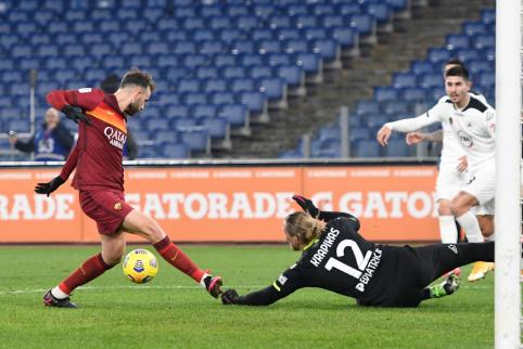 """T. Krapikas prisidėjo prie netikėto """"Roma"""" ekipos pasitraukimo iš Italijos taurės"""
