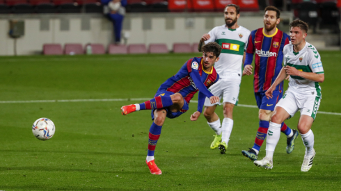 """""""Elche"""" įveikusi """"Barcelona"""" pakilo į trečiąją poziciją Ispanijoje"""