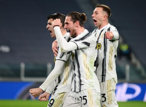 """""""Juventus"""" įveikė """"Lazio"""" ekipą"""