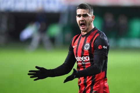"""A. Silva netaps lengvu grobiu """"Man Utd"""" – juo susidomėjo ir ispanai"""