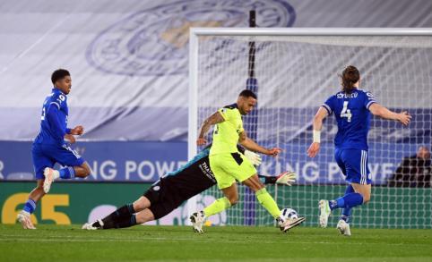 """""""Newcastle"""" išvykoje netikėtai lengvai susitvarkė su """"Leicester"""""""