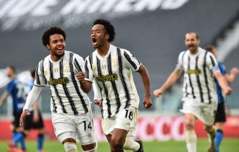 """Fantastiškoje dramoje Italijos čempionus įveikusi """"Juventus"""" ekipa tęsia kovą dėl vietos Čempionų lygoje"""
