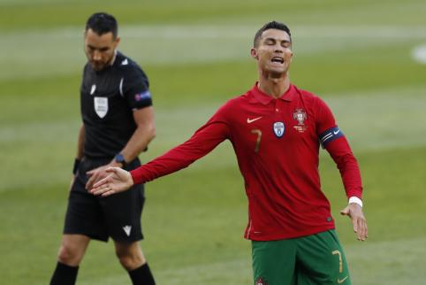 Ch. Suttonas: C. Ronaldo tiesiog vaikšto vandens paviršiumi