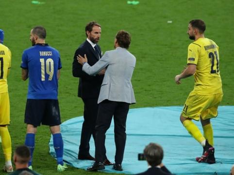 R. Mancini: mano vyrai man — triumfo sinonimas