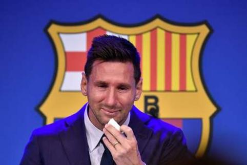 """Ašarų nesutramdęs L. Messi – apie PSG, kontraktą, kurio nepavyko pasirašyti ir """"Barcą"""""""