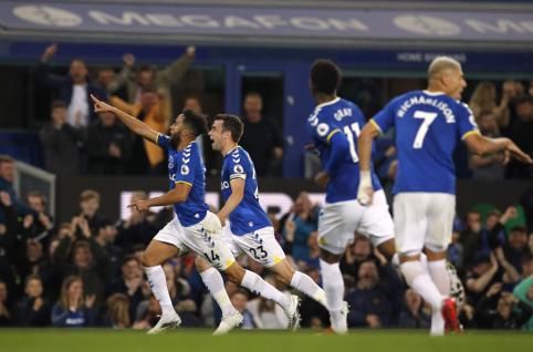 """Po praleisto įvarčio sujudusi """"Everton"""" ekipa susitvarkė su """"Burnley"""""""