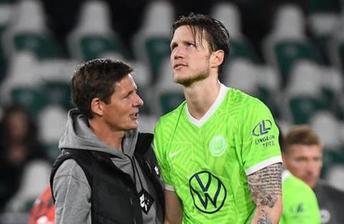 """""""Wolfsburg"""" pirmą kartą Bundeslygos sezone prarado taškus"""