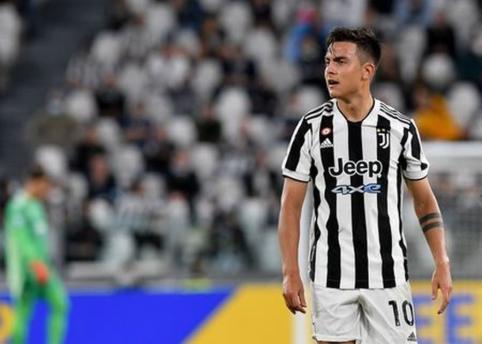 """""""Juventus"""" atskleidė P. Dybalos ir A. Moratos traumų rimtumą"""