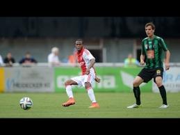 """Draugiškame """"Ajax"""" mače - puikus R.Ligeono įvartis"""