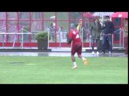 """""""Bayern"""" treniruotėje susikibo R.Lewandowskis ir J.Boatengas"""