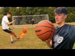 Futbolo žaidimas su krepšinio kamuoliu