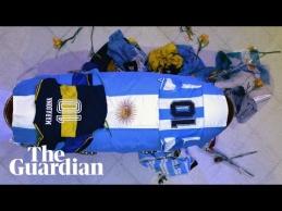 Fanai atsisveikino su D. Maradona